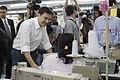 นายกรัฐมนตรี บันทึกเทปรายการเชื่อมั่นประเทศไทยกับนายกฯ - Flickr - Abhisit Vejjajiva (11).jpg