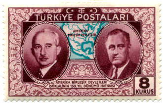 Turkey–United States relations - A Turkish stamp for the 150th anniversary of American Independence, with depictions of the Turkish president İsmet İnönü, and the president of the United States Franklin D. Roosevelt
