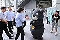 06.12 總統視察「台北市網球中心」,與世大運吉祥物「熊讚」相見歡 (34443494073).jpg