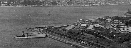 Pipitea Point circa 1905 1905 Pipitea Point. Thorndon Baths, Thorndon Esplanade, Thorndon Railway Station (terminus of Main Trunk Line, Davis Street).jpg