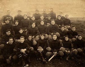 1907 Carlisle Indians football team - The entire 1907 squad.