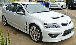 2010 HSV Clubsport (E Series 3 MY11) R8 sedan (2010-10-19).jpg
