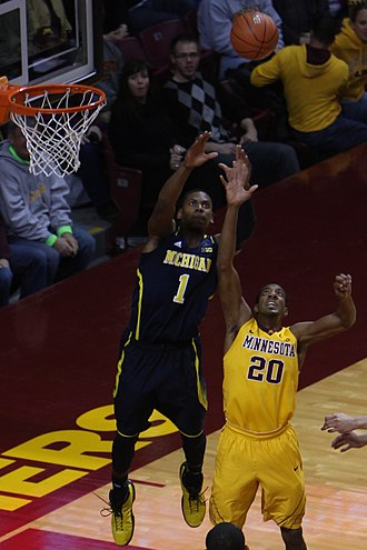 Glenn Robinson III - Robinson does a reverse dunk with this alley oop