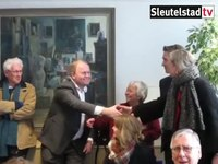 File:2018-03-23 Felicitaties voor Marcus Rolloos voor zijn voorkeurszetel in Oegstgeest.webm