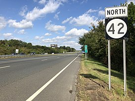 2018-10-03 11 52 29 View north along New Jersey State Route 42 (North-South Freeway) between Exit 7 and Exit 7B in Gloucester Township, Camden County, New Jersey.jpg