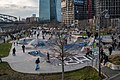 2021 Hochbetrieb auf der Skaterbahn im Hafenpark.jpg