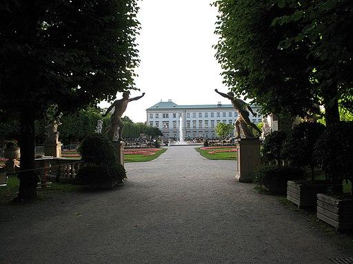 2064 - Salzburg - Schloss Mirabell