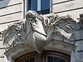 28 boulevard de la Bastille sculpture figure de proue navire.jpg