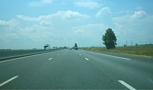 A10 autoroute - The A10 southbound between exits 13 and 14. The motorway has three lanes in each direction as far south as Tours, it is then two lanes each way down to Bordeaux