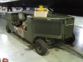 Lockheed SR-71 Blackbird - A preserved AG330 start cart