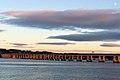 Abend in Dundee, Tay Bridge (37729422405).jpg