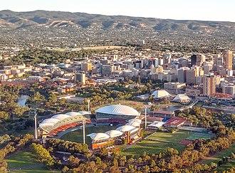 2018–19 Big Bash League season - Image: Adelaide city centre view crop
