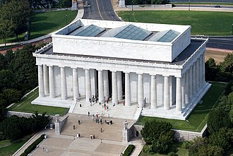 Lincoln Memorial - Image: Aerial view of Lincoln Memorial east side EDIT