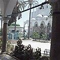 Akko. El Jezzar moskee ingangspartij met marmerincrustaties en een deel van het, Bestanddeelnr 255-9236.jpg