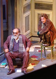 Il visitatore, 2015. Alessandro Haber, a sinistra, interpreta Sigmund Freud, Alessio Boni, sulla destra, interpreta Dio/visitatore