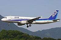 AllNipponAirways A320 fukuoka 20040613162134.jpg