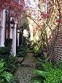 Alley Garden - panoramio.jpg