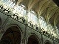 Amiens - grandes arches, triforium et claire-voie.jpg