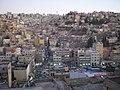Amman, Vista de zoco y la ciudad antigua desde la colina de Al-Ashrafiyya (Jebel Al-Yarmuk) - panoramio.jpg