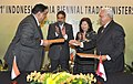 Anand Sharma and the Indonesian Trade Minister, Ms. Mari Elka Pangestu witnessing the signing of an MoU between the Govt. of East Kalimantan Province and the National Aluminum Co Ltd (NALCO) concerning Technical Cooperation.jpg