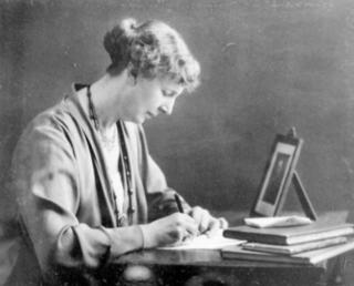Anne Cummins (social worker) Cummins, Anne Emily (1869–1936), social worker
