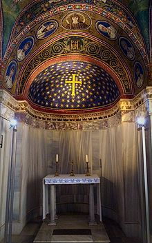Archbishop's Chapel in Ravenna.jpg