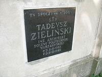 Architekt Tadeusz Zieliński grób.JPG