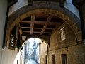Arcos numa casa da Rua de Santa Maria.jpg