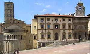 Piazza Grande; from left - S. Maria della Piev...