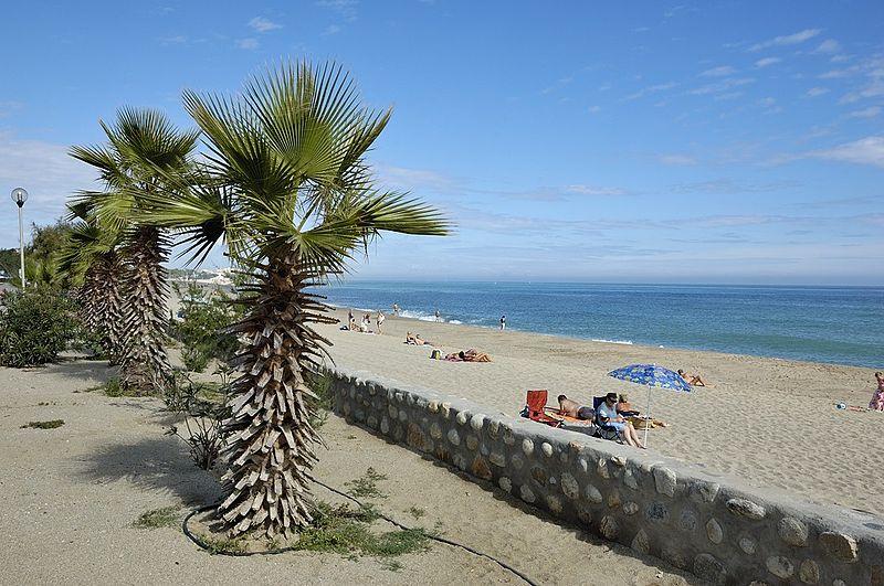 800px-Argel%C3%A8s-sur-Mer_beach.jpg