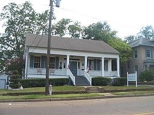Arnot House - Image: Arnot house