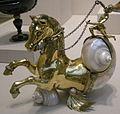 Arte tedesca, cavallo marino, 1590-1600 ca., argento dorato e conchiglia.JPG