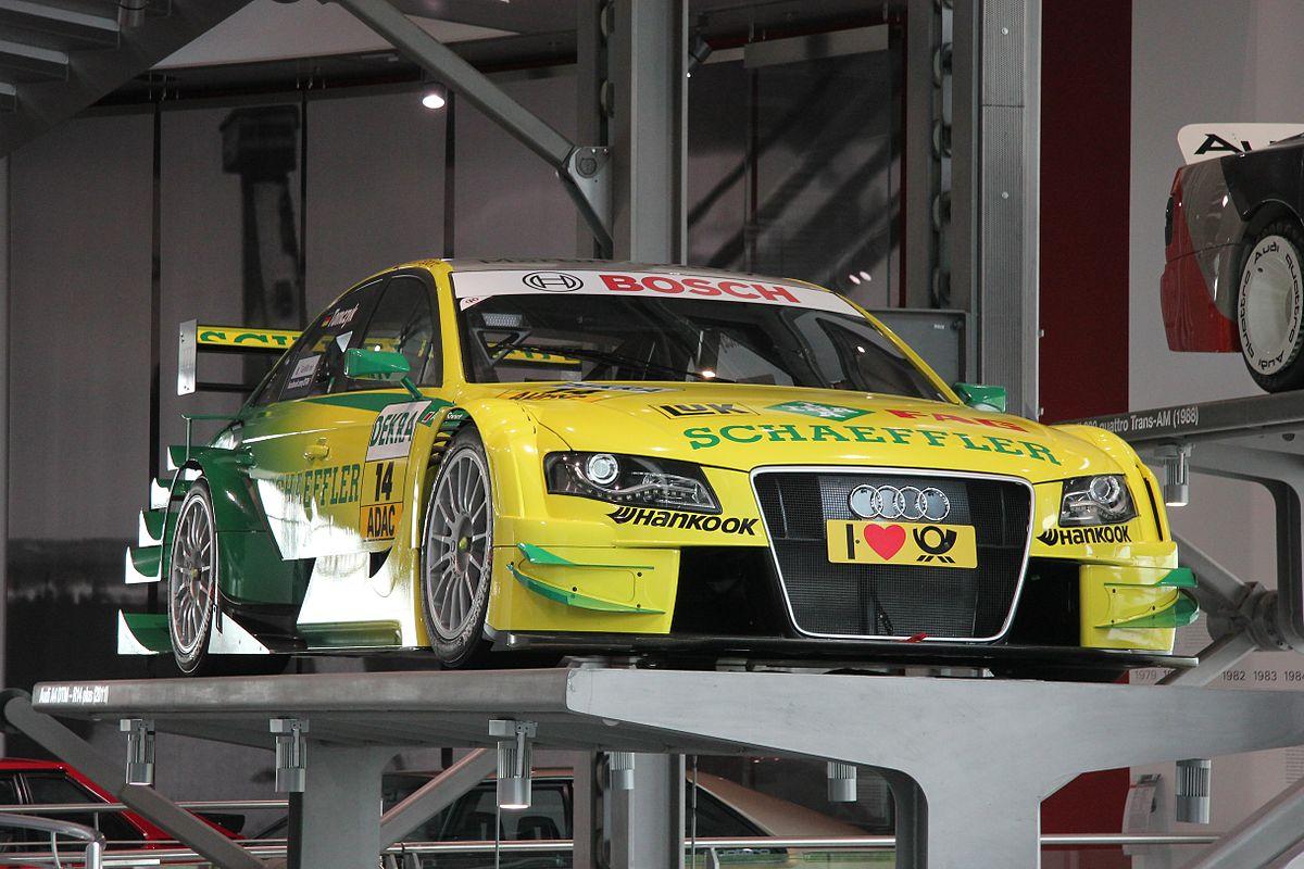 1200px-Audi_A4_DTM_R14_plus_%282013-09-0