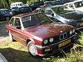 BMW 323i E30 (10104690295).jpg