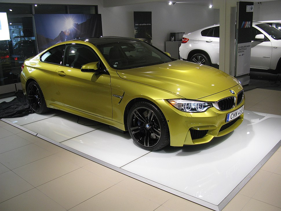 BMW M4 Coup%C3%A9 (14143148688)