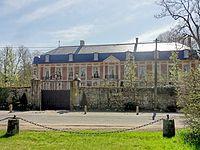 Bailleul-sur-Thérain (60), château, façade nord, 13 rue Gravier 1.jpg