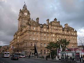 Balmoral Hotel, Princes Street, Edinburgh, 16 August 2007.jpg