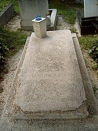 Basilides Zoltán sírja.jpg