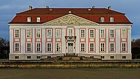 Berlin Tierpark Friedrichsfelde 12-2015 Schloss img1.jpg