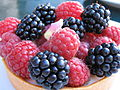 Blackberry and raspberry tart, September 2006.jpg