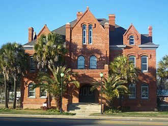 Old Calhoun County Courthouse - Image: Blountstown FL old crths 01