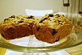 Blueberry banana bread, August 2009.jpg