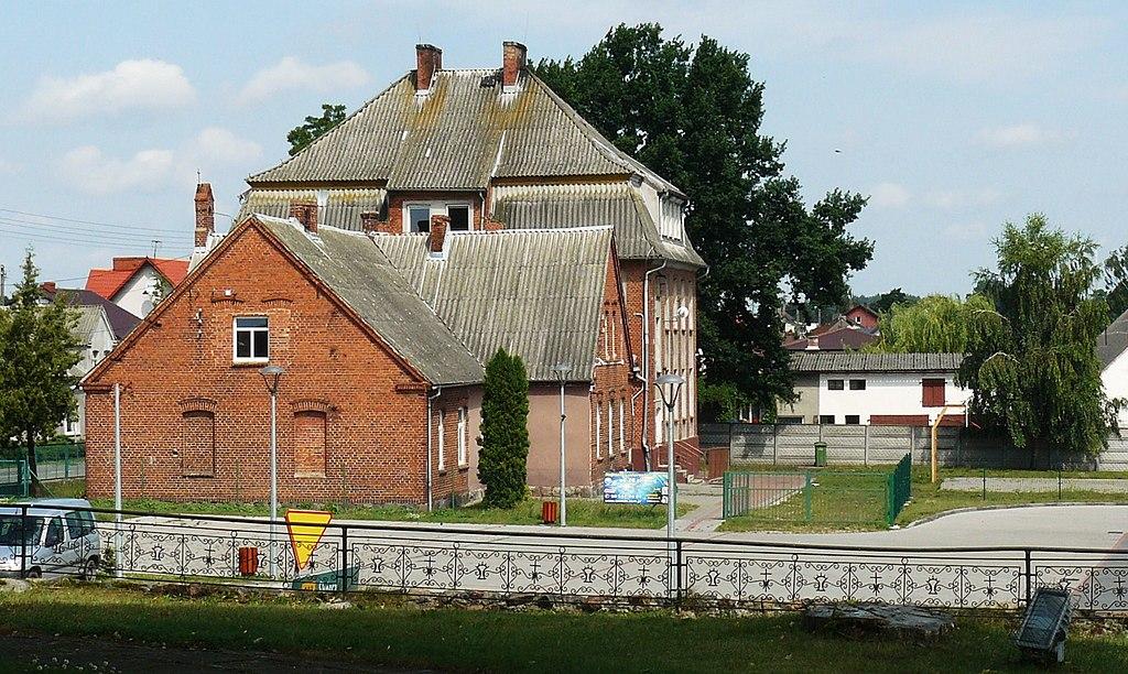 1024px-Bobowo%2C_Pomerania.JPG