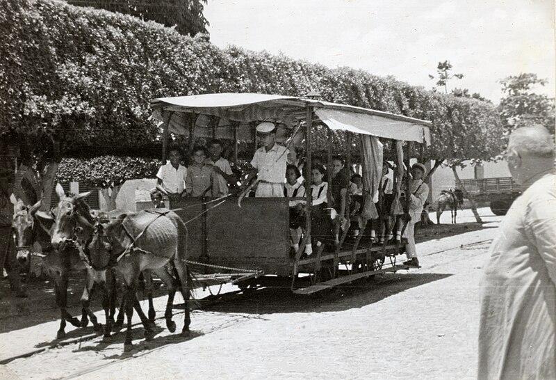 File:Bonde limoeiro-1951.jpg