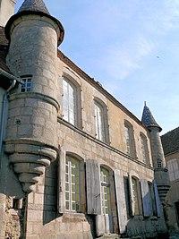 Boussac (Creuse) - Maison des tourelles, rue de la Cure.JPG