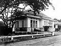 COLLECTIE TROPENMUSEUM Kantoor van de Nederlandsch Indische Escompto Maatschappij in Weltevreden Batavia TMnr 10015470.jpg