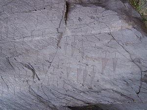 Cemmo - Masso Cemmo 2; inscriptions.