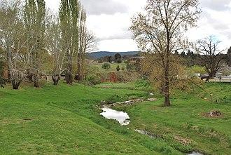 Belubula River - Image: Carcoar Belubula River 002