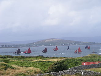 Galway hooker - Galway hookers race in Caladh Thaidhg An Cheathrú Rua during summer regatta