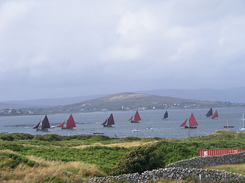 File:Carraroe boats.jpg